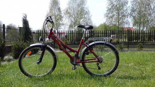 Czerwony rower dziecięcy
