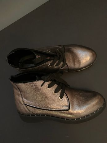 Нове взуття демисезон, 37
