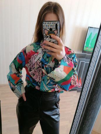 Новая блузка с невероятным принтом