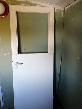 Drzwi wewnętrzne bez futryn
