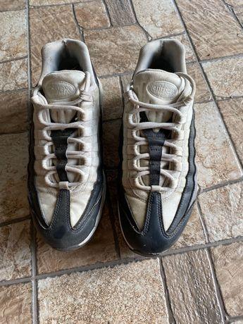 Кроссовки Nike 95 женские