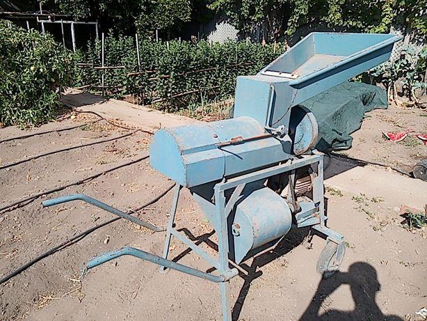 Máquina debulhar milho