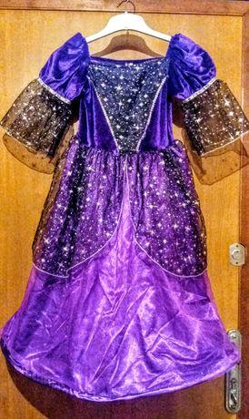 Платье на праздник . 9-10 лет