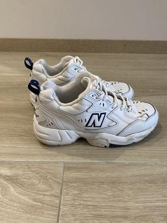 кросівки New Balance, молель 608
