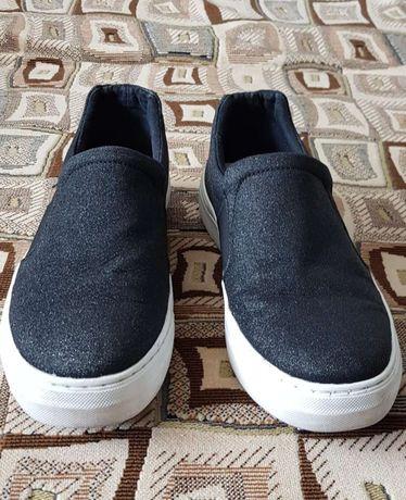 Кроссовки кеды размер 38