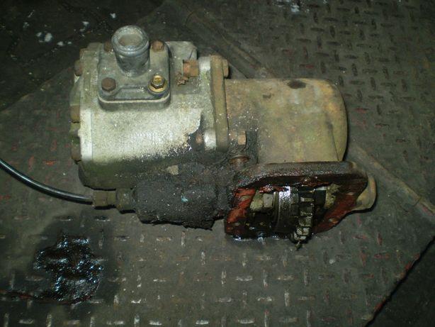 pompa hydrauliczna z przystawką Jelcz