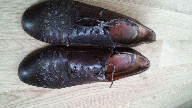 Ботинки на каблуке кожаные