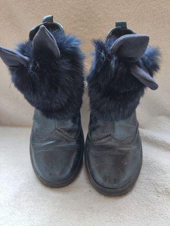 Осінні ботинки для дівчинки.