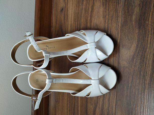 Sandały sandałki na obcasie białe ślubne