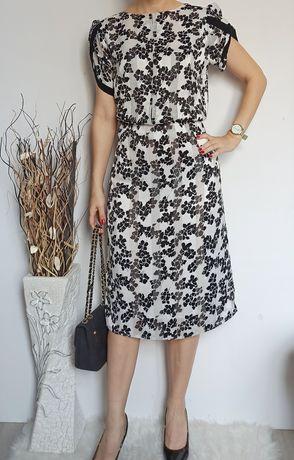 Piękna elegancka satynowa sukienka 42