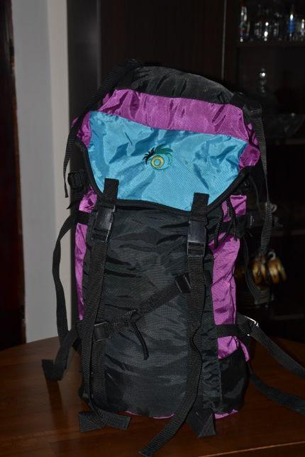 Рюкзак в гори Adr system Deyter