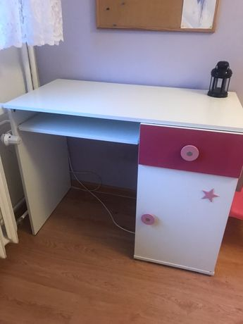 Sprzedam biurko dziecięce dla dziewczynki