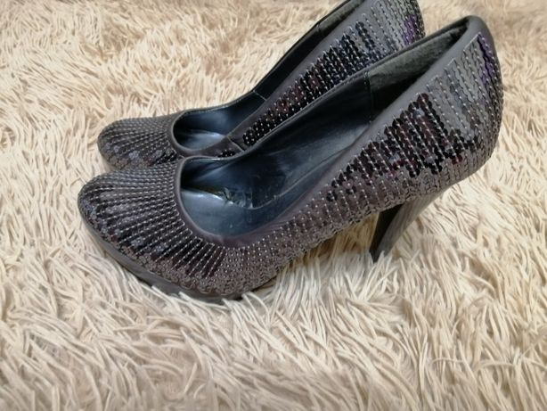 Туфли вечерние в паетках
