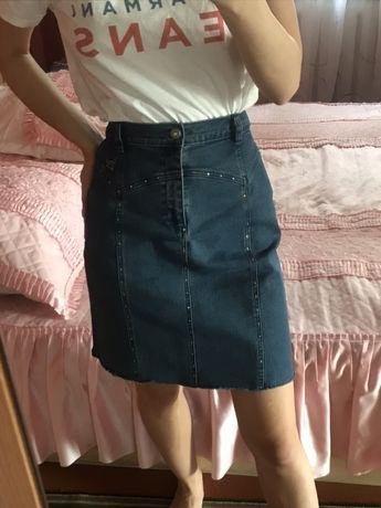 Джинсовая юбка размера 42-44,400 руб ,как новая