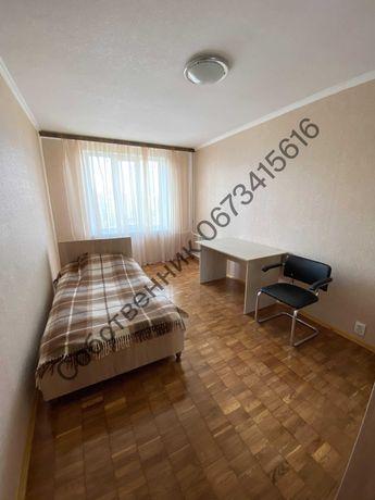 3-комнатная, менее 100 метров до метро Академгородок