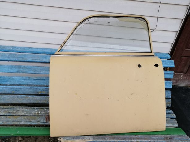 Drzwi i szyby od dużego Fiata