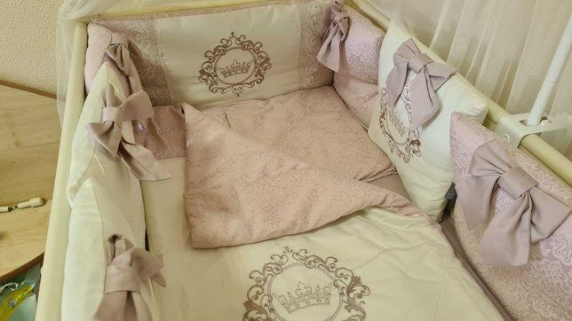 Постельное на детскую кровать