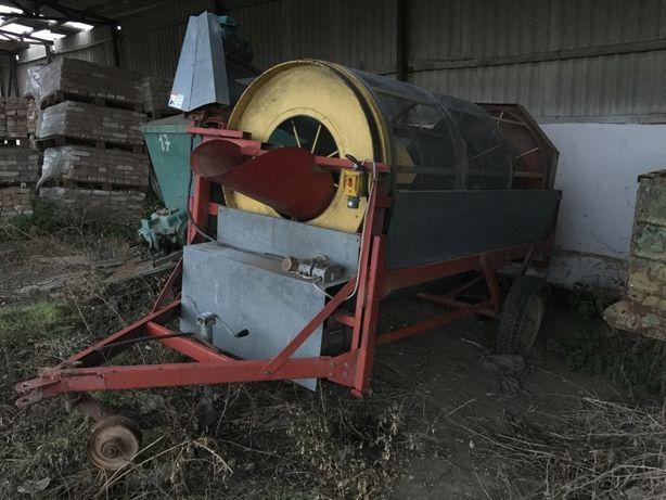 Зерноочисна машина Farm King 480 1980 р.в.