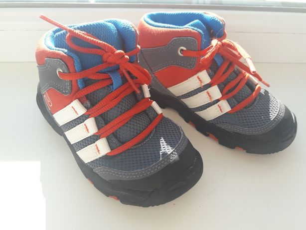 Черевики, кросівки adidas