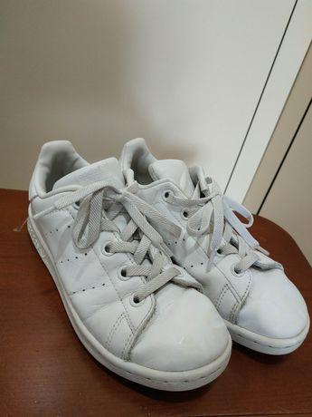 Кроссовки Adidas кожа на ногу 19,5см