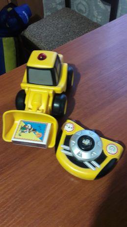 Игрушка трактор на пульте САТ