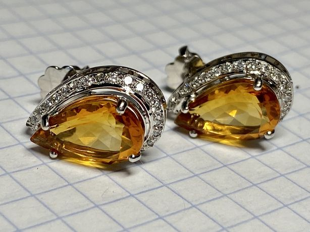 Золотые серьги с цитрином и бриллиантами