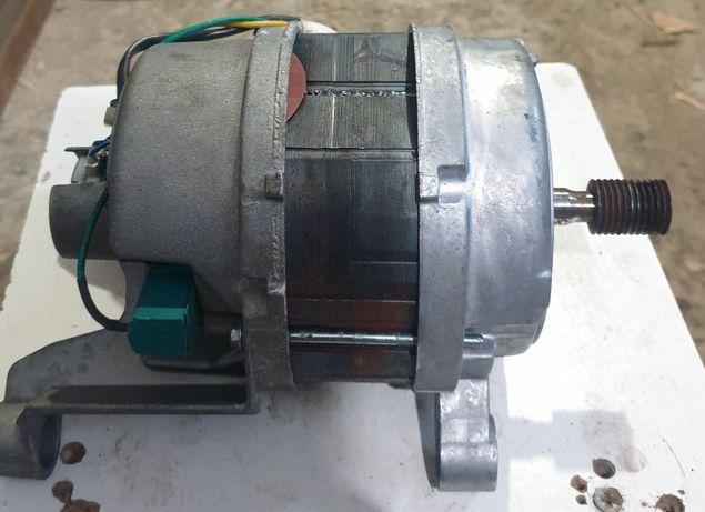Двигун пральної машинки Kaiser
