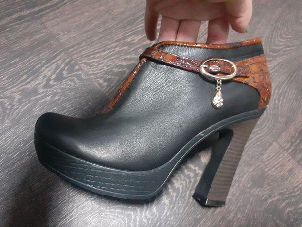 Нові осінні чобітки
