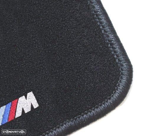 TAPETES VELUDO COM SÍMBOLO M BMW / SERIE5 E39 / CONTORNO PRETO