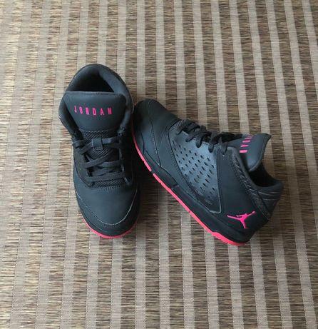 Кроссовки хайтопы  Nike Jordan оригинал разм 32 ( Adidas)