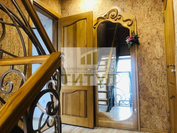 Продается дом,городок завода ОР, Ул. Плеханова, 3 этажа