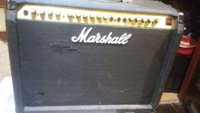 wzmacniacz gitarowo-klawiszowy marschall 8240