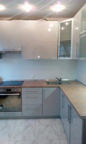 Продам 3 - х комнатную квартиру.