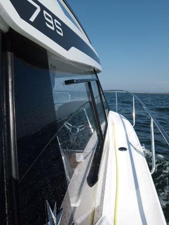 Wynajem , rejsy , czarter jachtu łodzi motorowej Gdańsk Trójmiasto