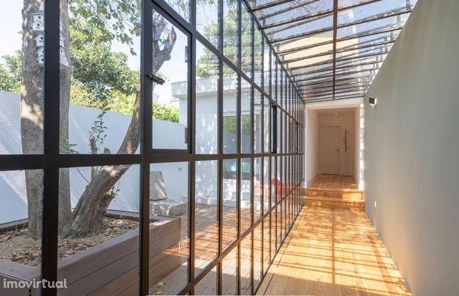 Oportunidade para investimento!!!Apartamento T2 NOVO com jardim 30m2