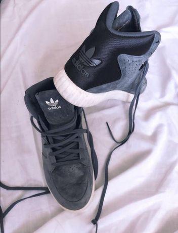 Кроссовки Adidas 36.5 р.
