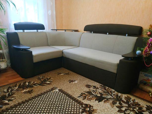 Продається угловий диван