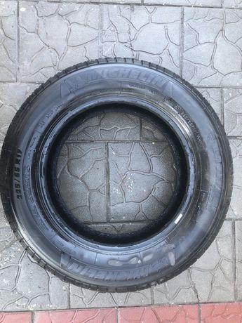 Michelin latitude 225/65/17