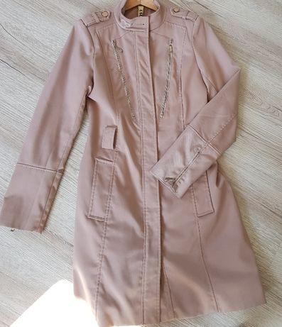 Płaszcz damski R.38