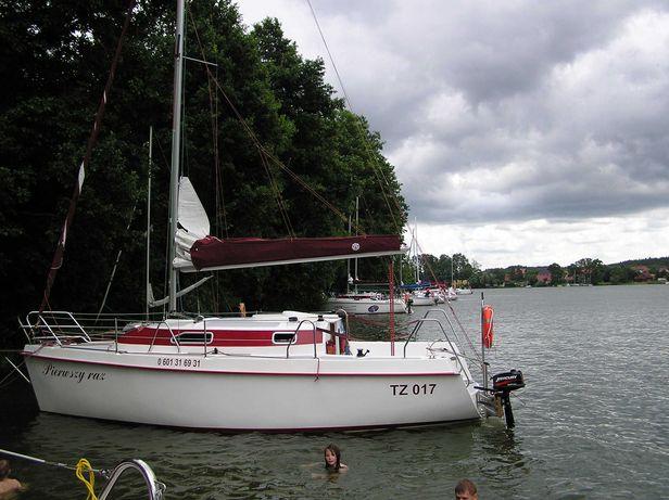 Czarter jachtu z ogrzewaniem Joker 785 - Mazury 2021 - Giżycko.