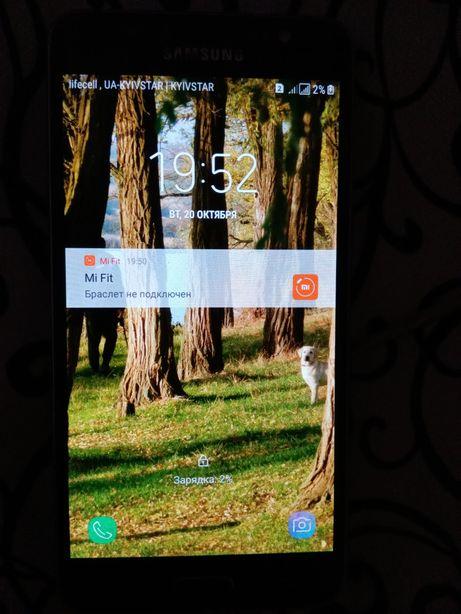 Смартфон Galaxy j5 2016 года