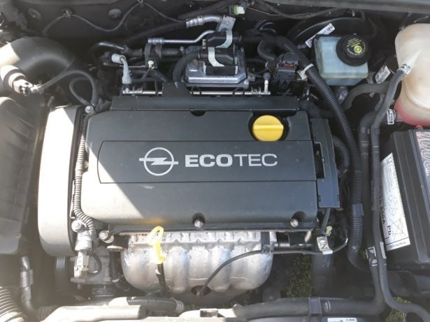 Opel astra h zafira 1 8 xep alternator