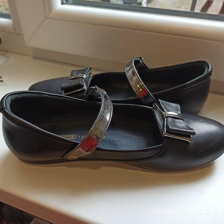 Туфли для девочки 38р.