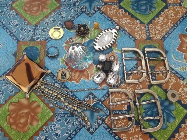 Бижутерия, брошка, значок, кольцо, кулон и другое