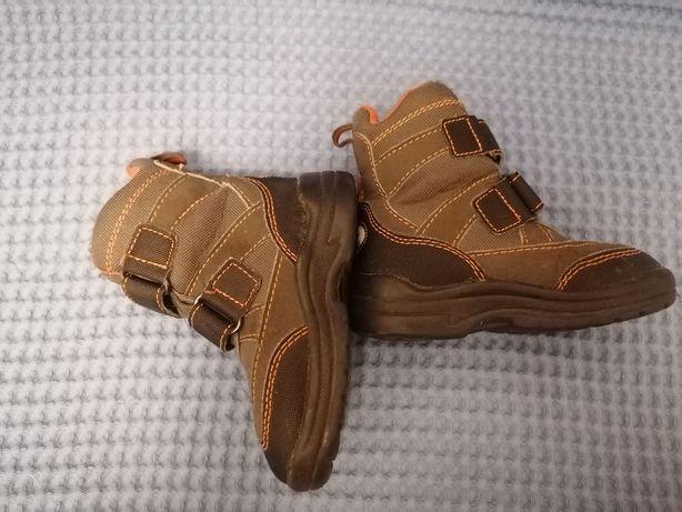 Ботиночки на мальчишку 21р
