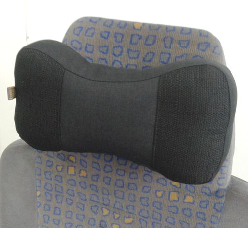 Трехсекционная подушка на подголовник автокресла (под шею и голову).