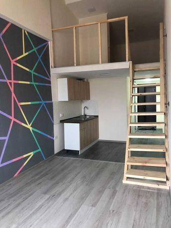Продам 1 комнатную квартиру метро Защитников Украины Центр W S4