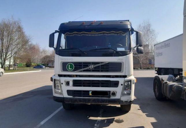 Тягач седельный грузовой Volvo FM