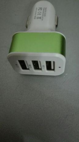 Carregador de Isqueiro USB 3 portas