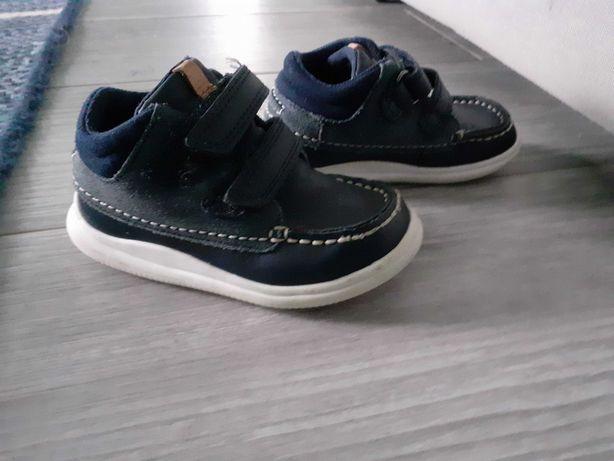 Clarks buty trzewiki adidasy r 22,5 16 cm